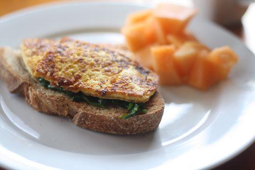Simple tofu breakfast sandwich